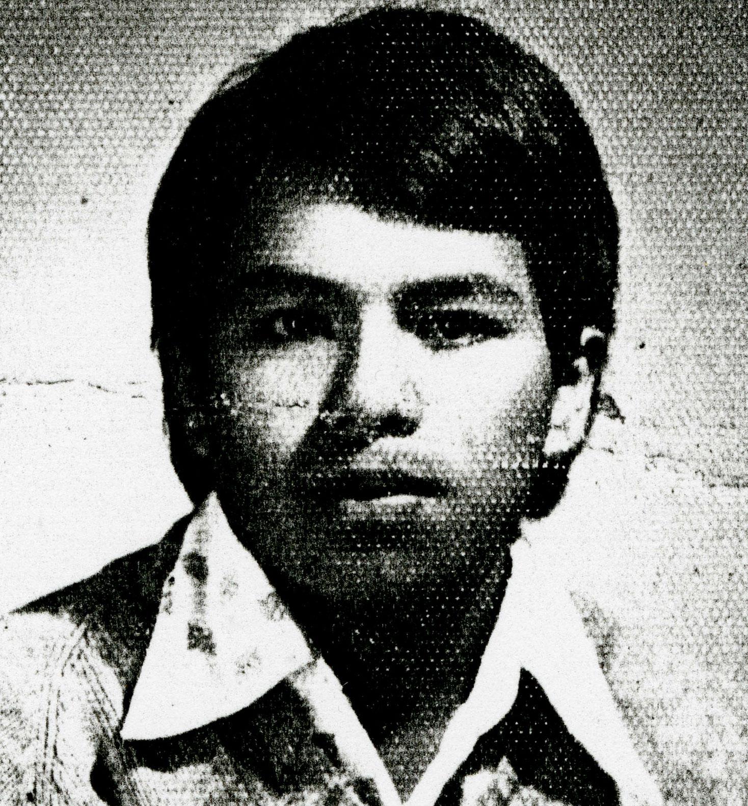 <p>Desaparecido el 15 de mayo 1984, 8:45 horas en las 6 av. 8 calle de la zona 9. Estudiante de 5to magisterion, pertenecia a la organización del PGT. Salio de su casa a las 7:30 de la mañana. Se supo de él hasta que se público el diario militar (15 mayo 1998).</p>